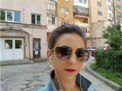 Karina new la tine in oras