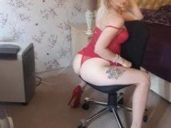 Curve Pitesti: Blonda cu chef de nebunii
